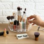 O organizador de maquiagem e cosméticos pode ter vários formatos e tamanhos