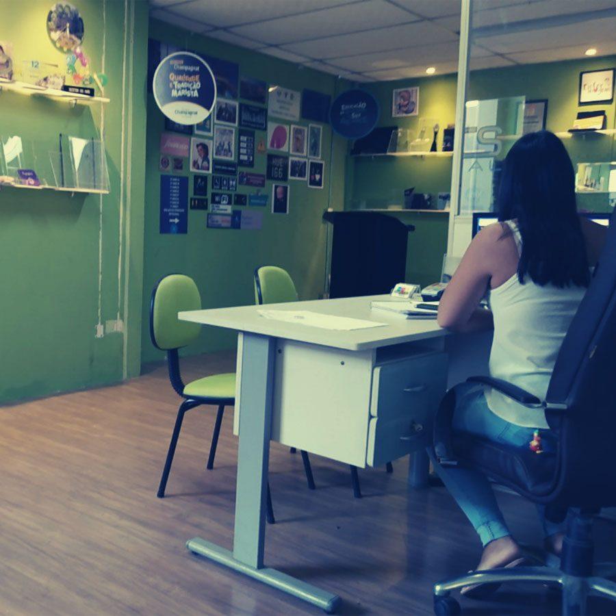 Atendimento ao cliente da MTS Visual em Curitiba